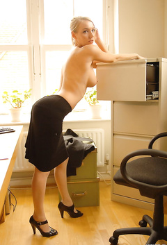 Office Sex With Secretary