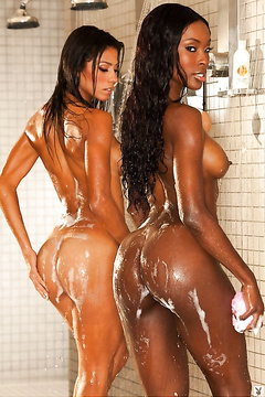 shower Hot sexy girls