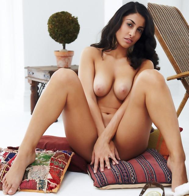 Free Porn Persian Pics