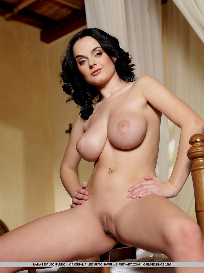 Attractive Nice Tits Nude Pics Photos