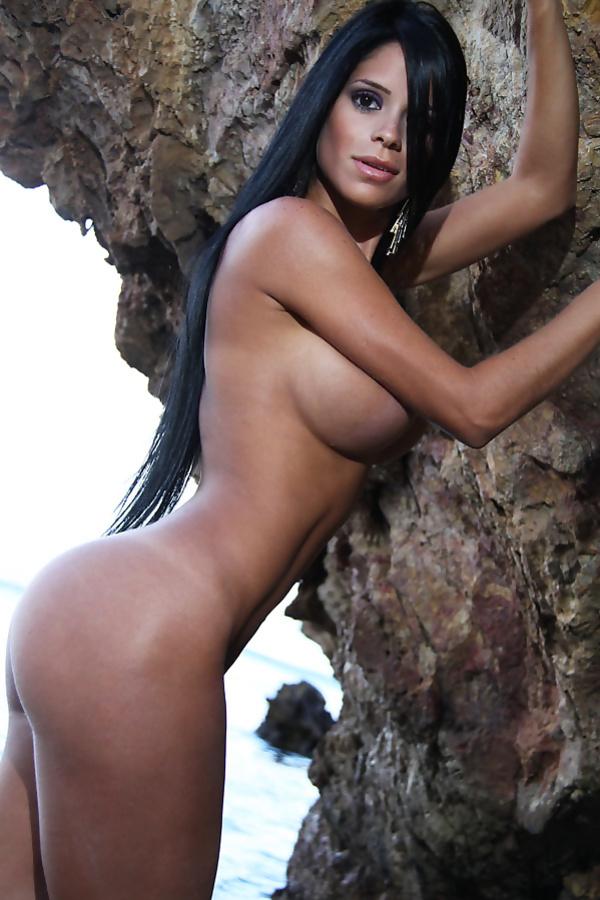 Lindsay cozar venezuelan transexual photos and porn pics