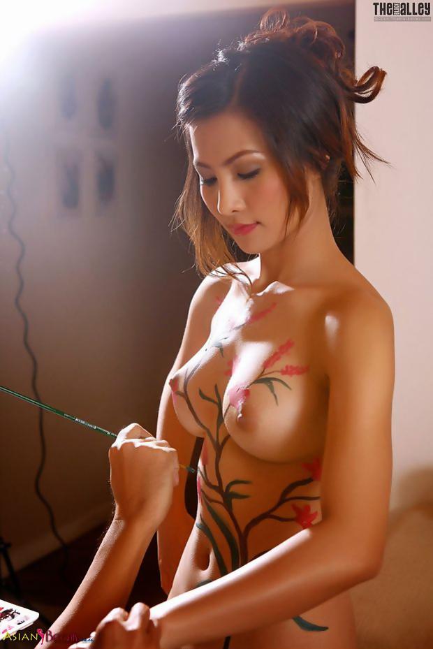 Atittaya Chaiyasing Hot Thai Model Sexy Summer Photos