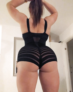Euro amazon mom Mia Sand and her mighty glutes