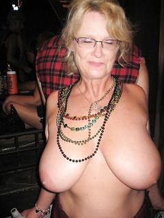 Hot old grannies porn pics
