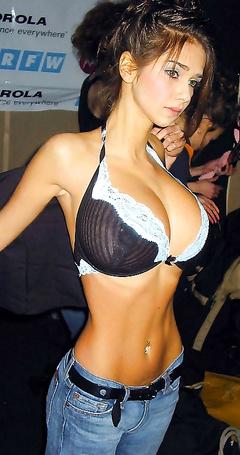 Big tits babes pics