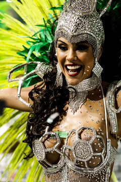 Scorching hot carnival beauties