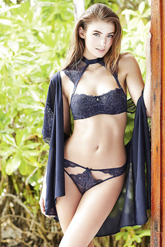 Lorena Rae fashion hot model