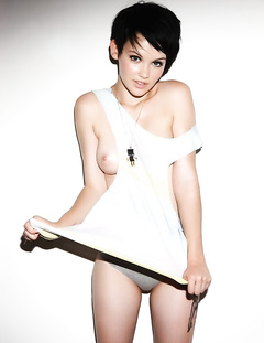 Short hair gals porn pics
