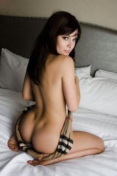 Schöner sexy Brunette