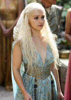 Game of Thrones - Daenerys Stormborn in her full grace