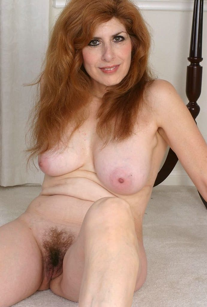 naked pictures of sexy red heads masturbaiting
