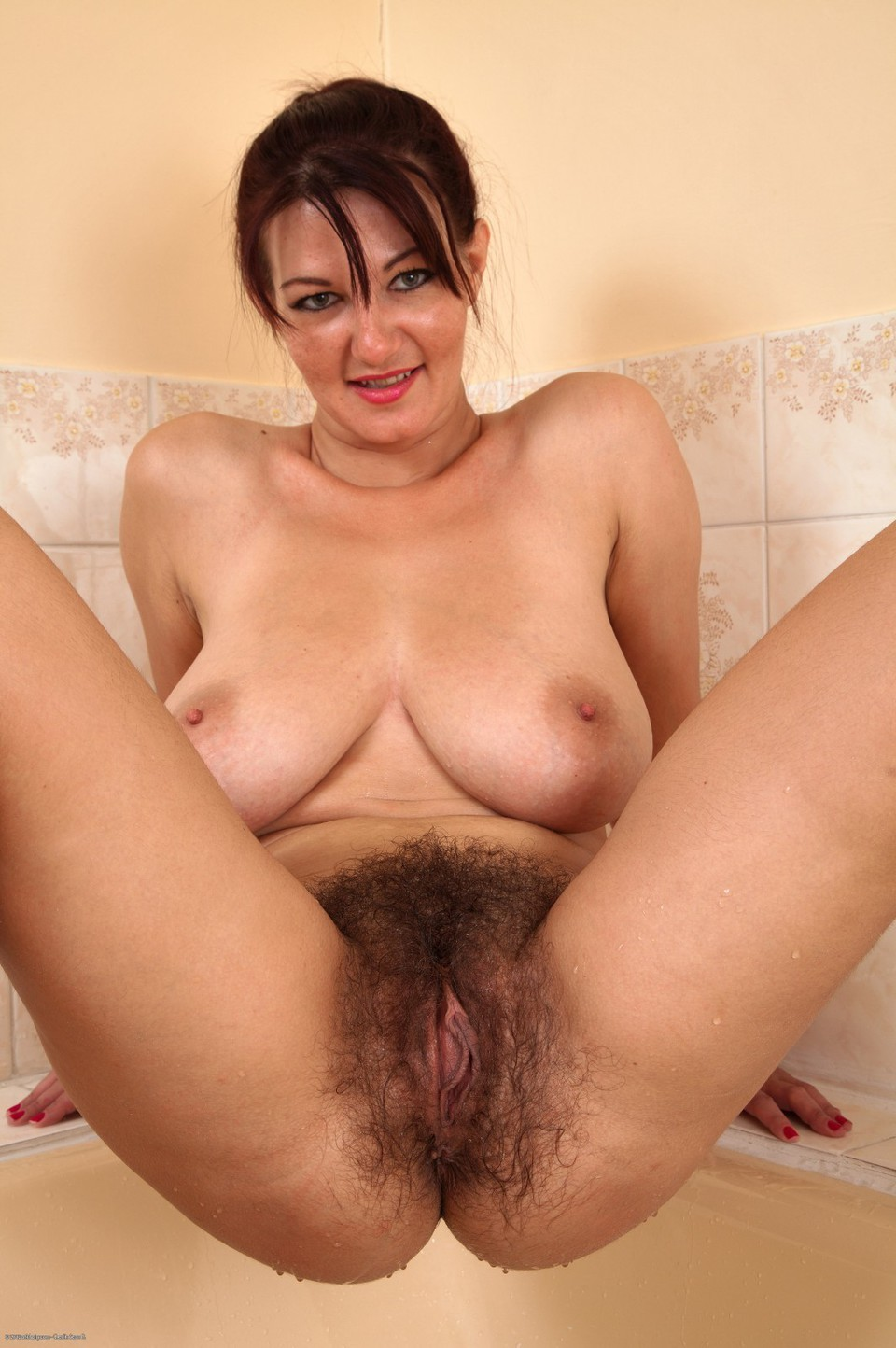 haiiry porn a female squirting