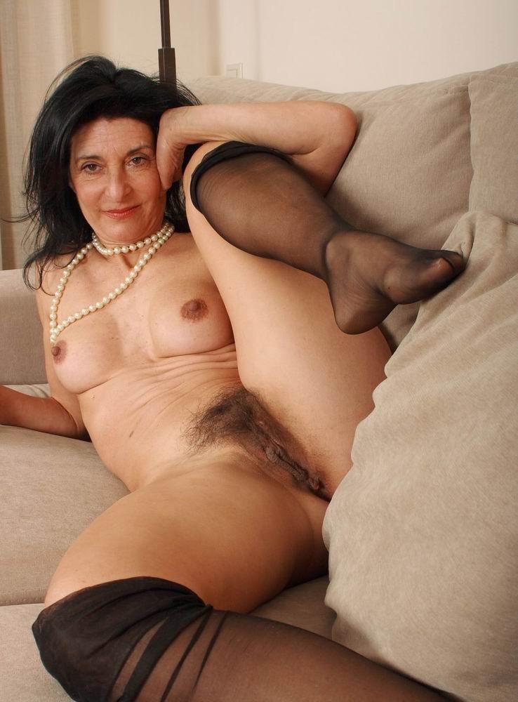Free mature milf hairy pussy pics-7108