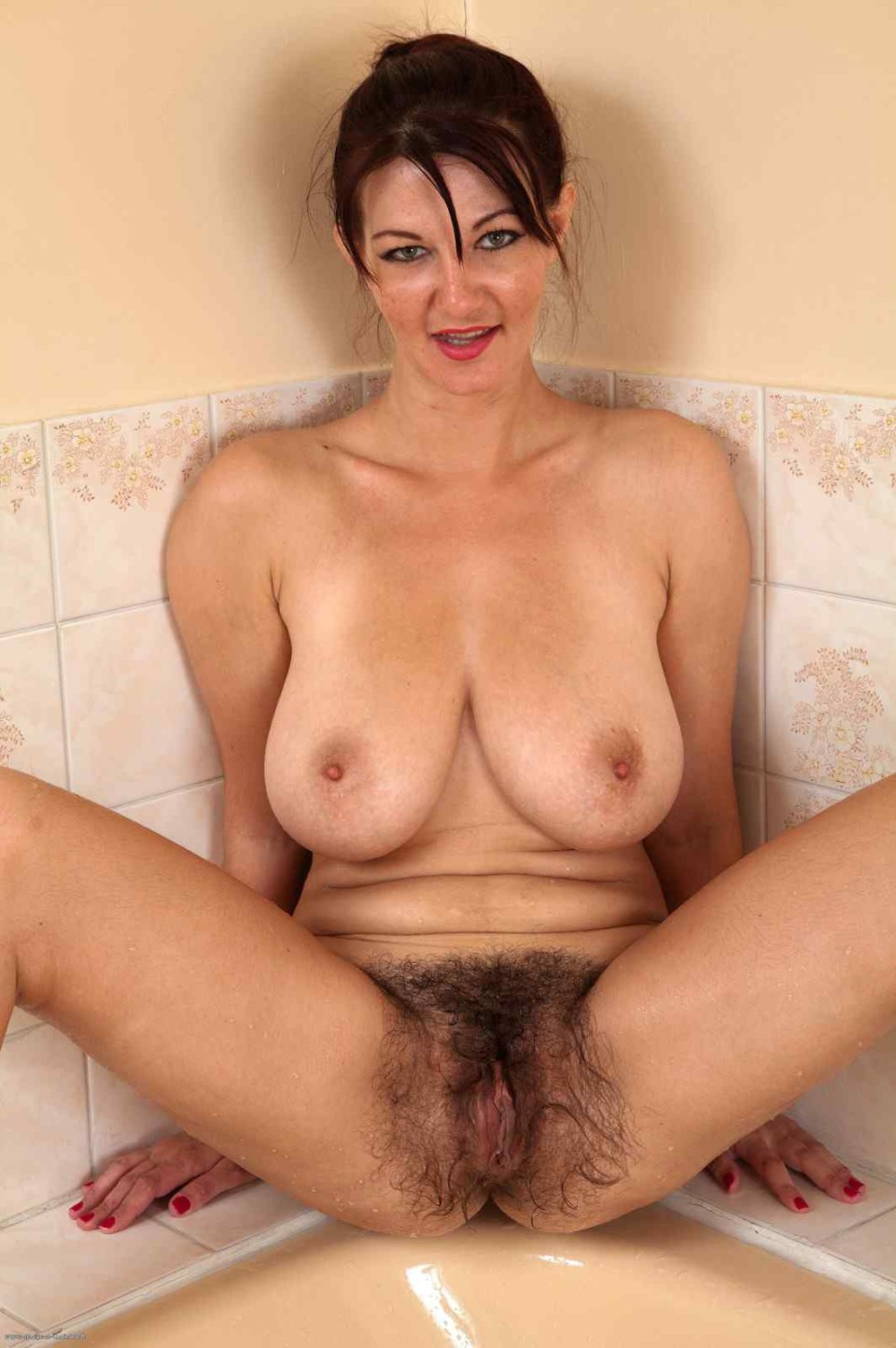Natural Hairy Moms Pics - 22 Pic Of 53-6038