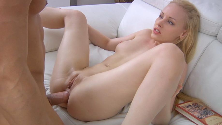 Amateur Anal Blonde Teen