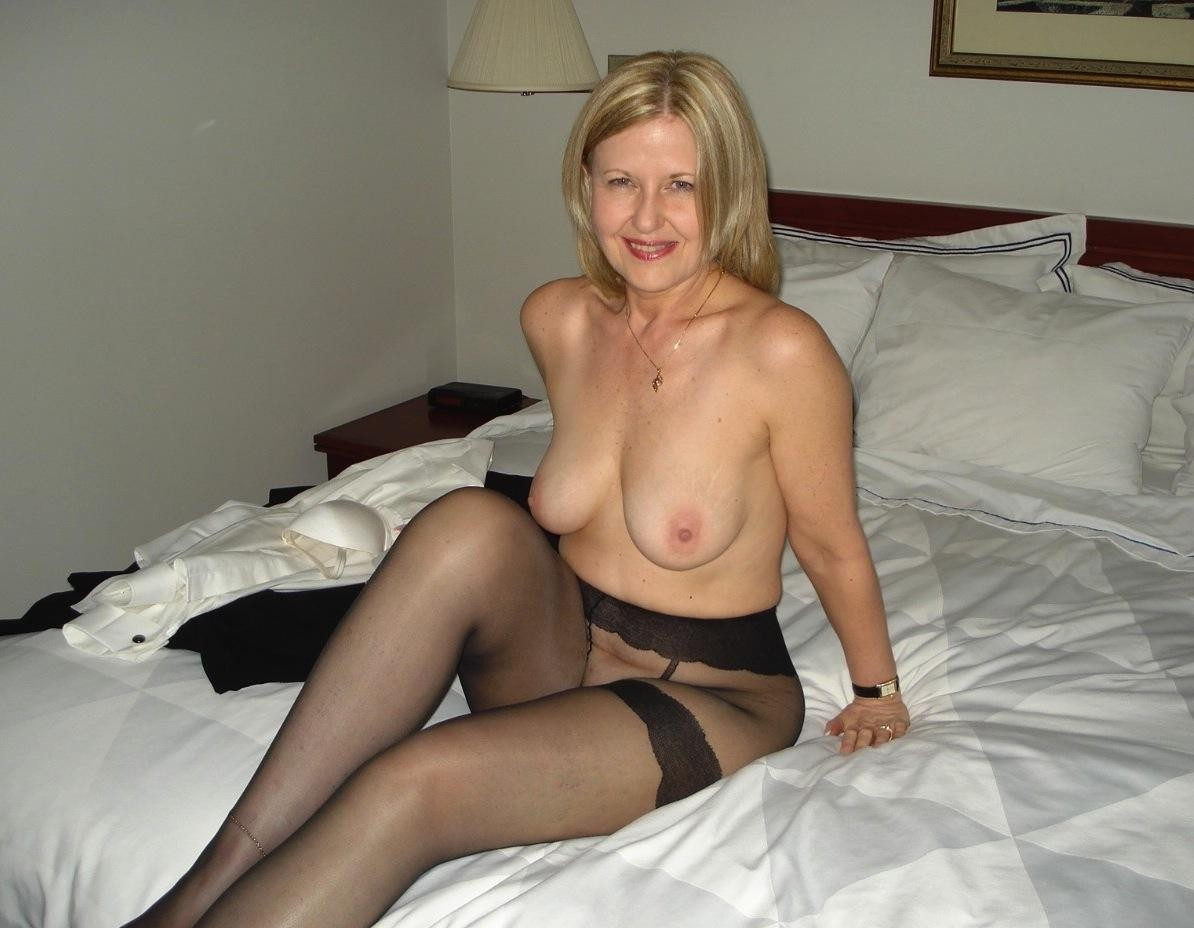 Mature Woman Photos